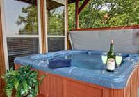 HOT TUB at MAJESTIC ESCAPE in Sevier County TN