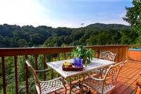 OUTDOOR DINING at ALPINE VIEW in Gatlinburg TN