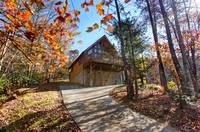 EXTERIOR (FALL) at MOUNTAIN TREASURE in Sevier County TN