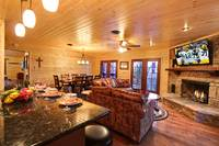 LIVING / DINING at MOUNTAIN MAJESTY in Sevier County TN