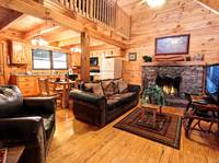 LIVING AREA at COVE CREEK LODGE in Pigeon Forge TN