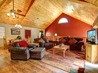 LIVING AREA at THE TREEHOUSE LODGE in Pigeon Forge TN