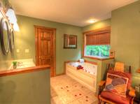 BATHROOM 1 W/ JACUZZI TUB at IT'S A WONDERFUL LIFE in Sevier County TN
