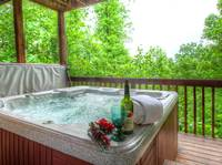 HOT TUB at IT'S A WONDERFUL LIFE in Sevier County TN