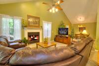 LIVING AREA at XDANCES WITH BEARS in Sevier County TN