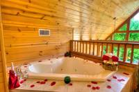 JACUZZI (LOFT) at MOUNTAIN PARADISE in Gatlinburg TN