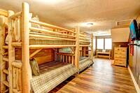 BEDROOM 5 (3 SETS OF TWIN BUNK BEDS/UPSTAIRS)