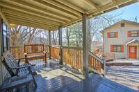DECK at MOUNTAIN JOY in Sevier County TN