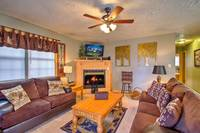 LIVING AREA at MOUNTAIN JOY in Sevier County TN