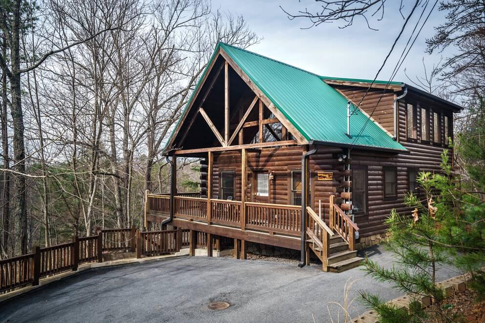 1 Bedroom Cabins - Bear Camp Cabin Rentals
