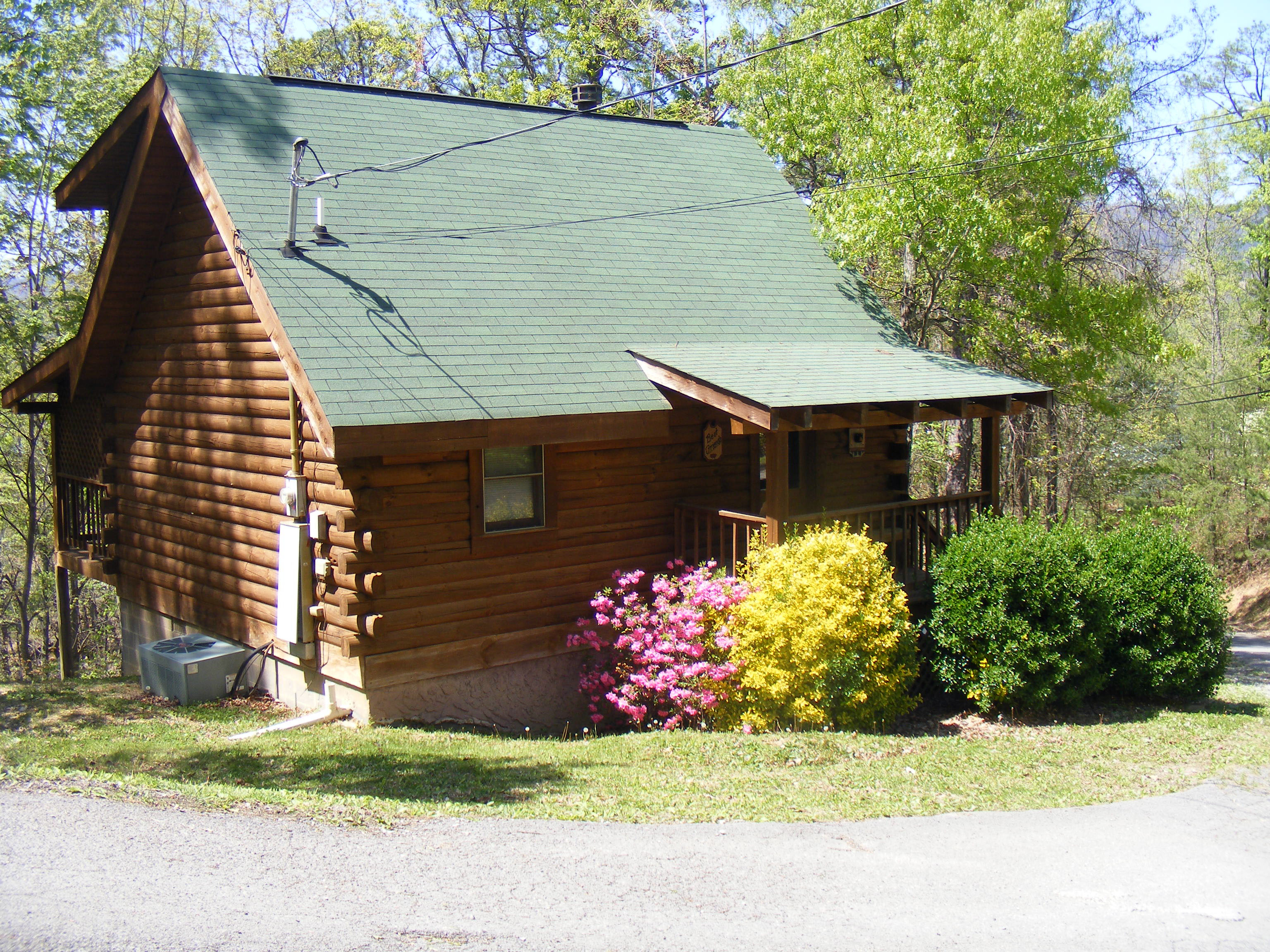 Best Friends. 1 Bedroom Cabins   Bear Camp Cabin Rentals