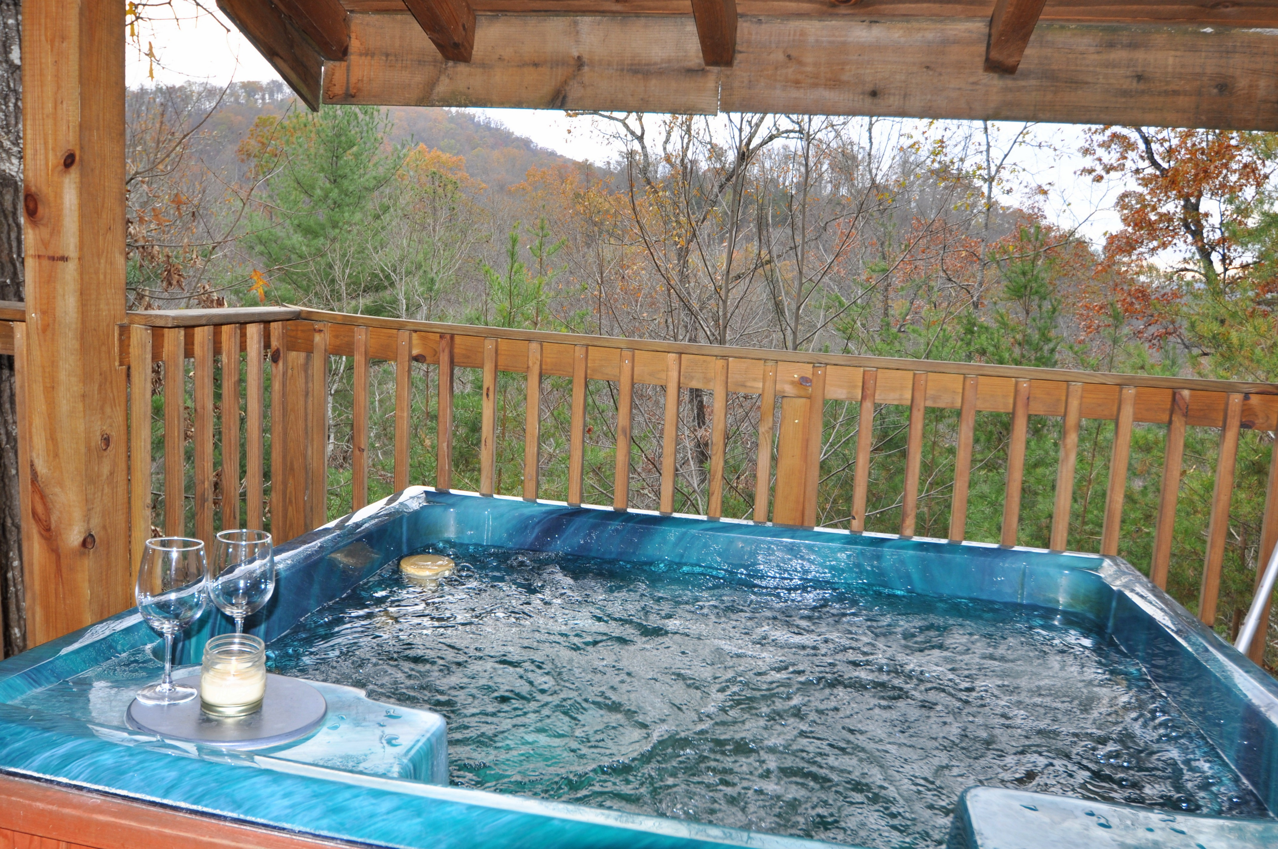 gatlinburgtennessee cabins bedroom shenandoah north pigeon indoor swimming laurel in chalets curtain pool mountain for hideaway private sevierville with outdoor georgia tn cabin rentals gatlinburg large groups vacation tennessee forge