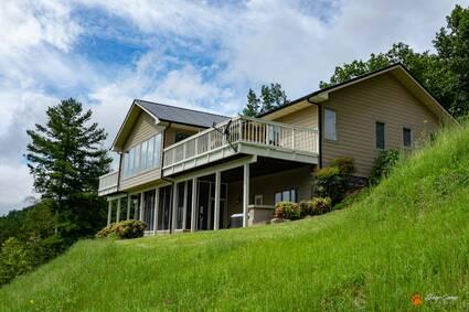 LeConte Mountain Lodge ( New Property)