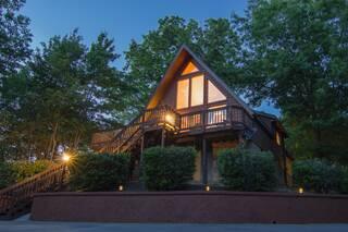 Hillside Haven 2 Bedroom Cabin Rental