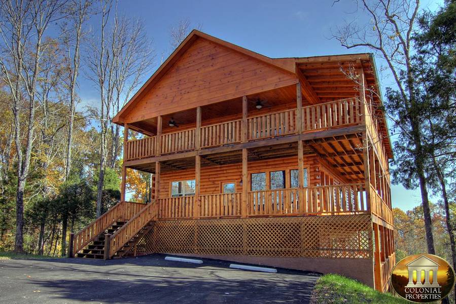 cabin forge tn smoky and mountain secluded pigeon gatlinburg with views in rentals mountains view cabins