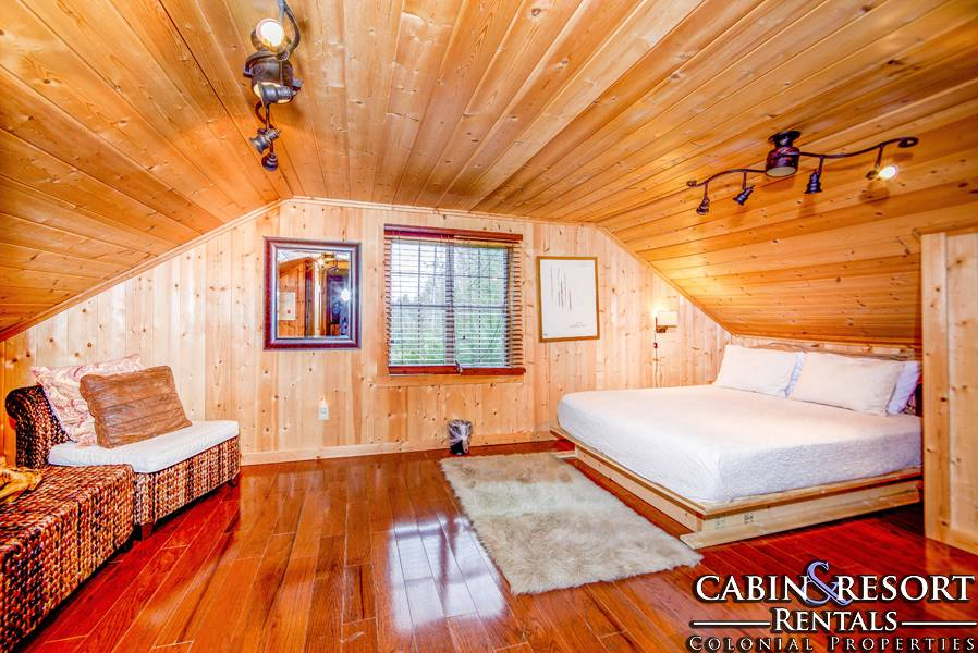 Stonehouse smoky mountain dreams cabin resort rentals for Dream home book tour