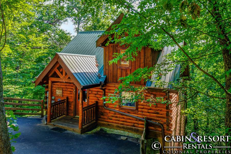 Pigeon Forge Cabins Mountain Whispers