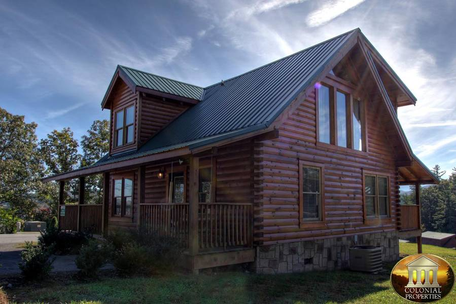 Bear ridge cabin rental smoky mountain dreams cabin for Bear ridge cabin rentals