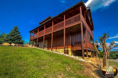 Smoky Mountain Cabins with Hot Tubs