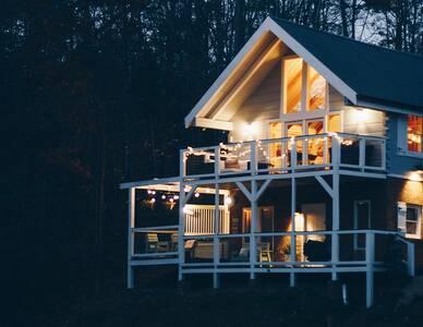 Photo of The Mason Jar Lodge