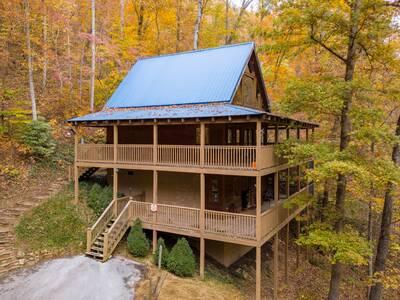 Lucky 7 Bear Lodge