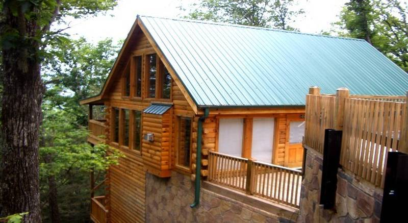 Alone at Last Gatlinburg cabin | Diamond Mountain Rentals