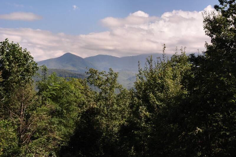 Summit View 23