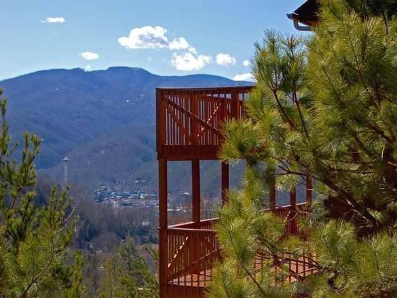 Stargaze cabin | Diamond Mountain Rentals