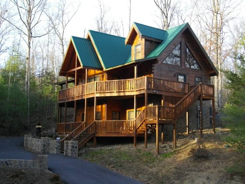 Smoky Mountain Getaway 0