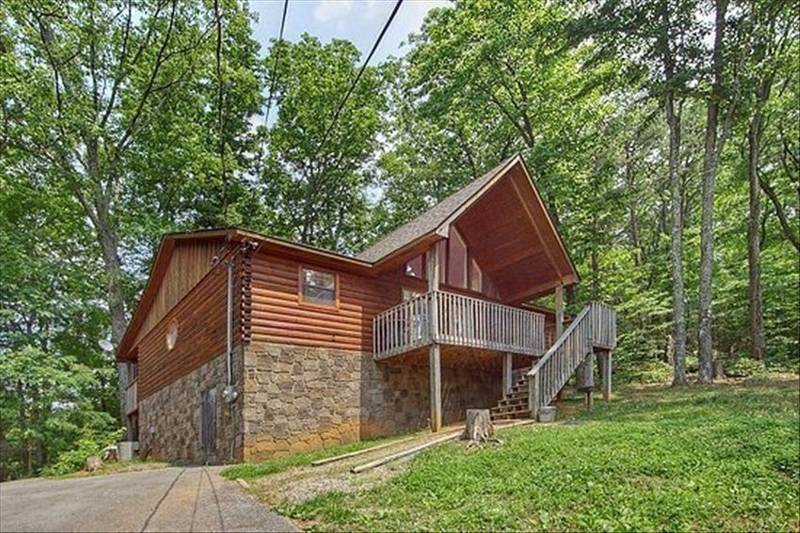 Gatlinburg Cabin - Taste of Heaven - Diamond Mountain Rentals