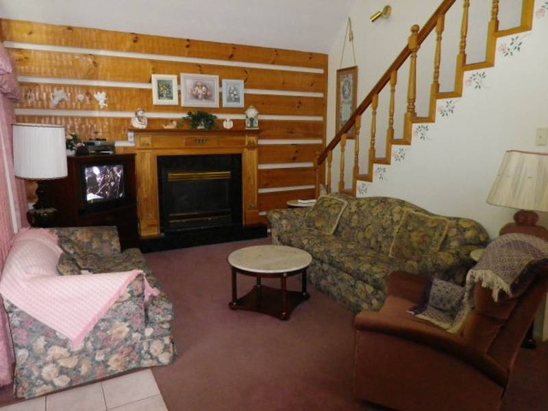 2 Br Cabins In Gatlinburg Near The Water Diamond Rentals
