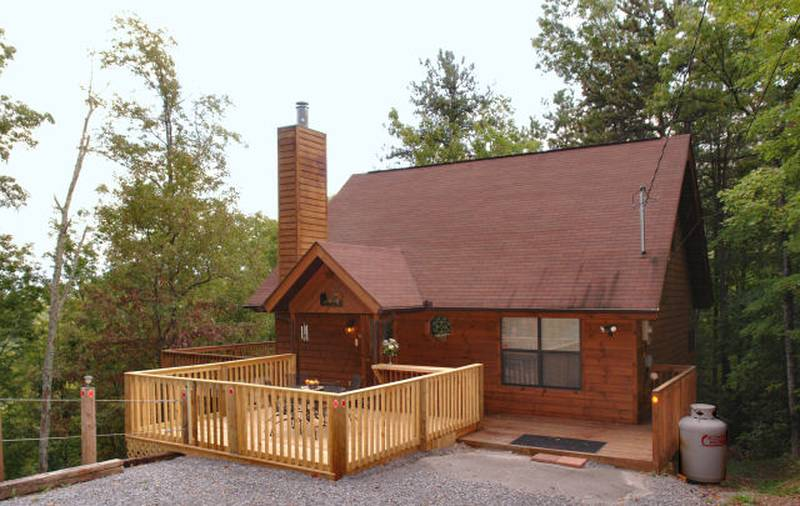 Bearly Workin Cabin in Gatlinburg TN. Gatlinburg Cabins Rentals One Bedroom   Diamond Rentals