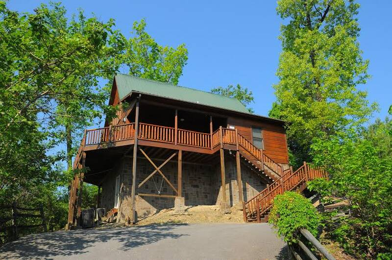 Bear Pause - 1 bedroom cabin in Gatlinburg - Diamond Mountain Rentals