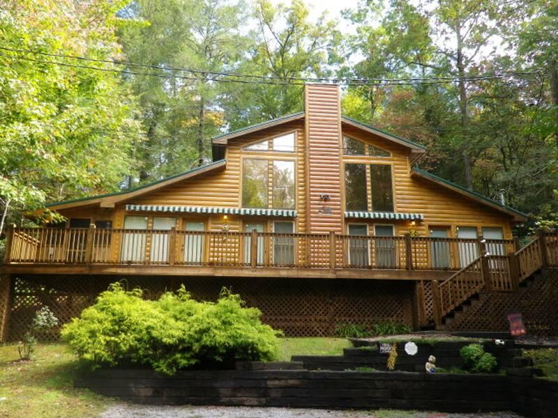 Splendor Pines | Gatlinburg Cabin Rental | 1 Bedroom Cabin