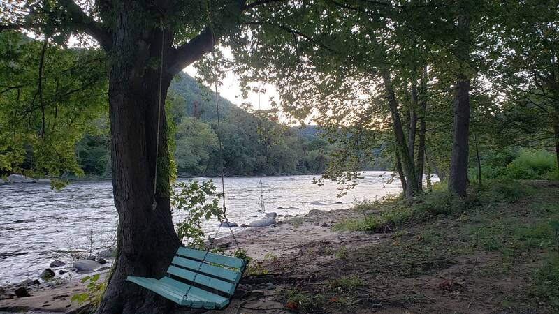 French Broad River Cabin 18