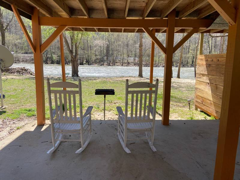 French Broad River Cabin 5