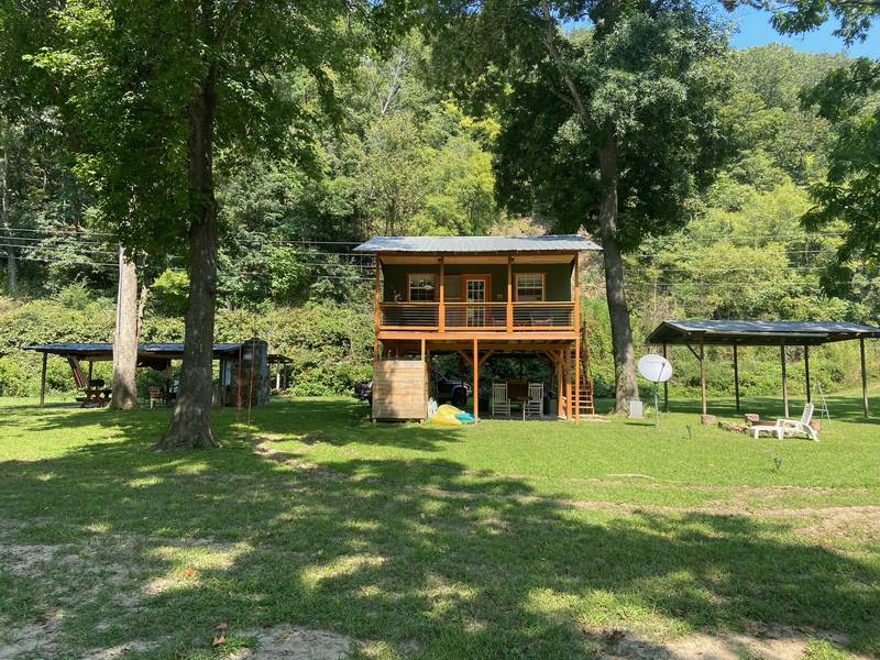 French Broad River Cabin 4