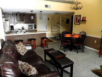 #2302  Bearly Makin It Condo Gatlinburg Condo Rental