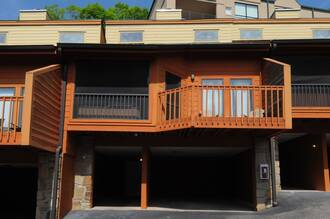 Mountain Cruisin Condo Cabin in Gatlinburg TN
