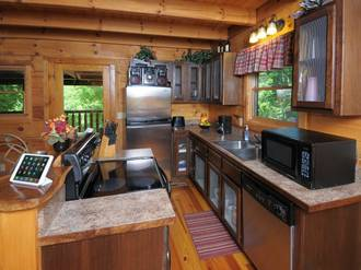Smoky's Den Gatlinburg Cabin Rental