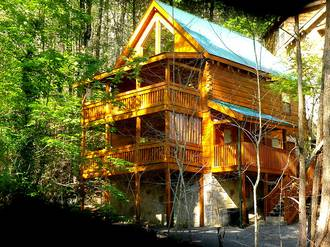 Creekside Downtown Cabin in Gatlinburg TN