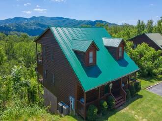 Scenic Ridge Cabin in Gatlinburg TN