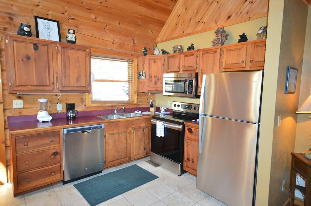 Hummingbird Haven 1 Bedroom Vacation Cabin Rental In Pigeon Forge Tn
