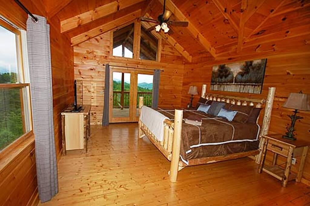 King log bed w/TV in Upper