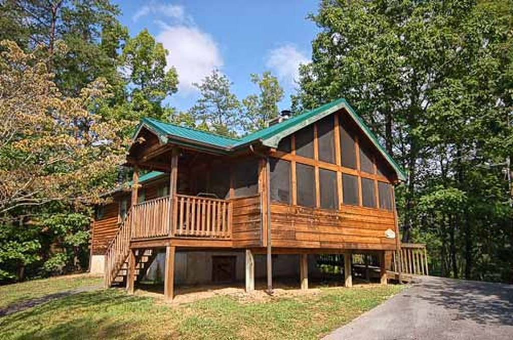 A tranquil moment 1 bedroom vacation cabin rental in pigeon forge tn for One bedroom cabins in pigeon forge tn