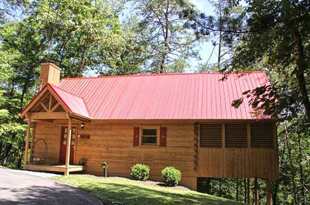 American Woods 1 Bedroom Vacation Cabin Rental in Pigeon Forge, TN