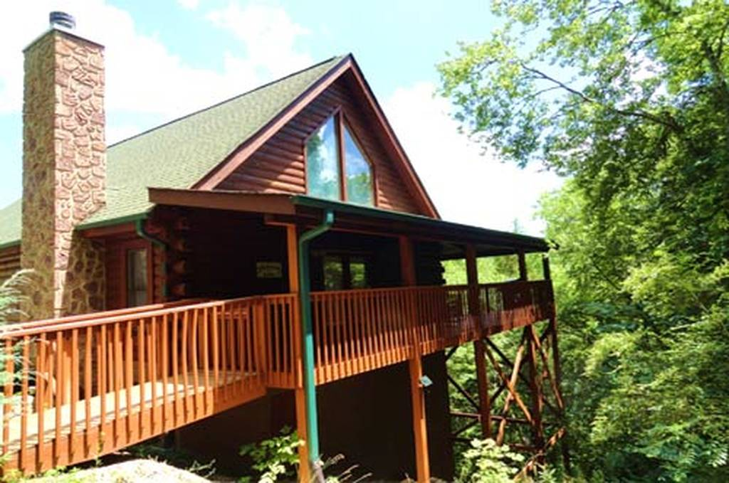 Eagle Feather Lodge Cabin