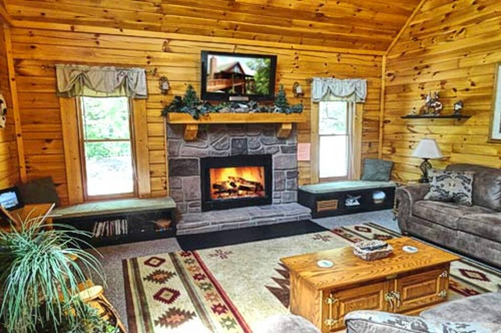 Great room with Big TV and Fireplace