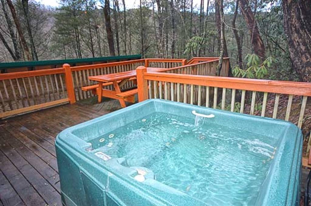 2nd Hot Tub on Deck