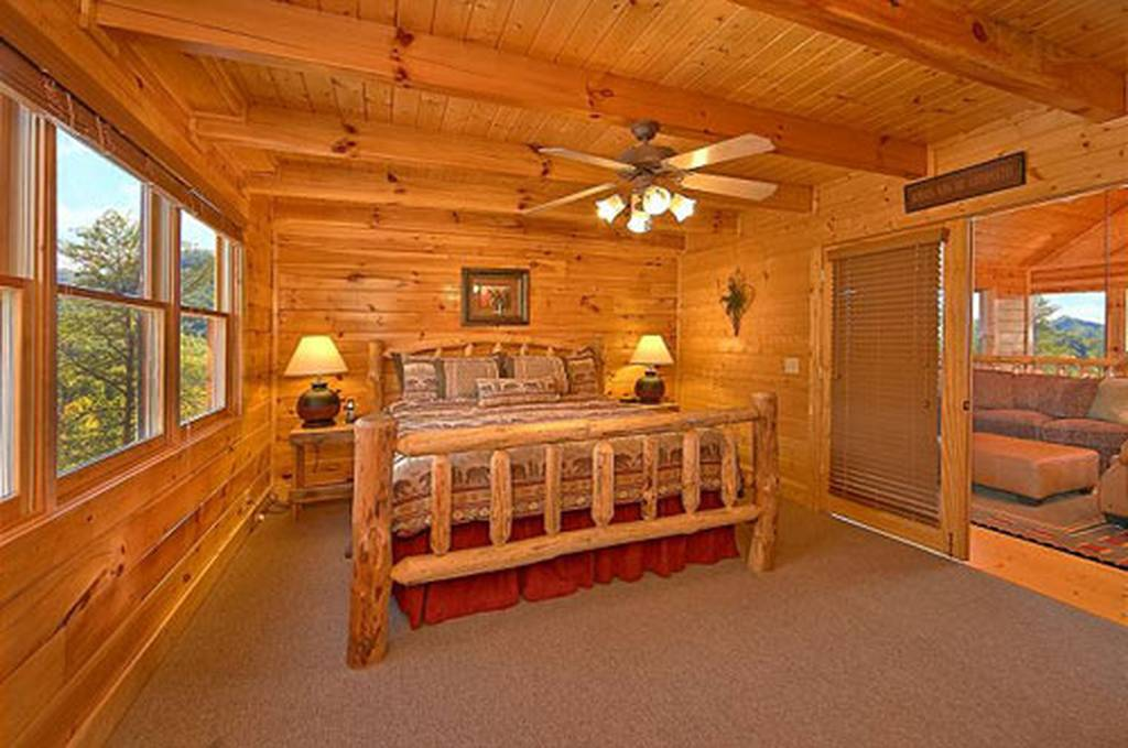 Timeless view 4 bedroom vacation cabin rental in pigeon for 4 bedroom luxury cabins in pigeon forge tn